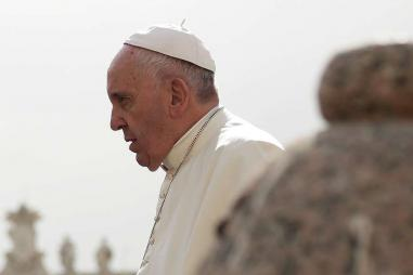 Pope_Francis_2_at_the_general_audience_in_St_Peters_Square_April_13_2016_Credit_Daniel_Ibanez_CNA_4_13_16.jpg