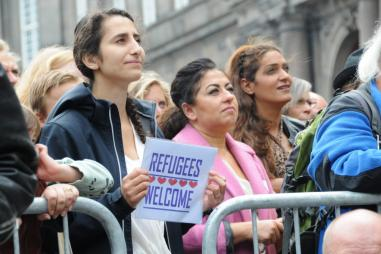 refugees-welcome_pxfuel-1024x680.jpg