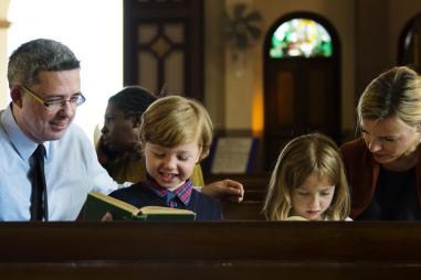 web3-family-mass-pew-liturgy-parenting-children-shutterstock.jpg
